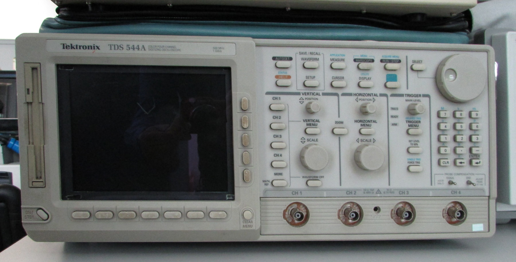 Tektronix 577 Curve Tracer With 177 Test Fixture For Sale